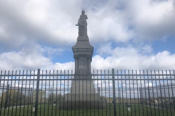 John DuBois monument small