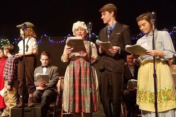 Reitz Theater Christmas Carol Live Radio Play small