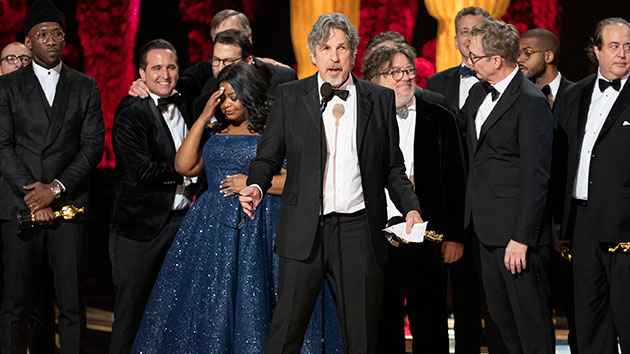 """Writer/director Peter Farrelly accepts the Best Picture Academy Award for """"Green Book""""; ABC/Craig Sjodin"""