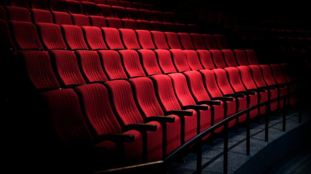 Regal Cinemas to close all theater locations
