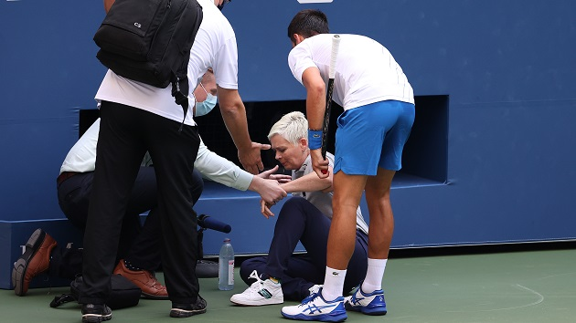 Novak Djokovic Apologizes After Defaulting Us Open Match For Hitting Line Umpire With Ball Connect Fm Local News Radio Dubois Pa