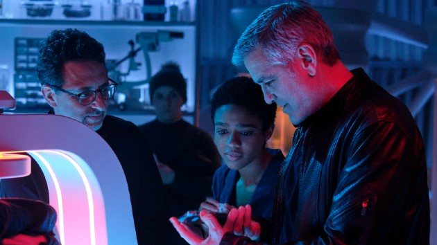 "Clooney on the set of ""The Midnight Sky"" - Philippe Antonello/ NETFLIX"